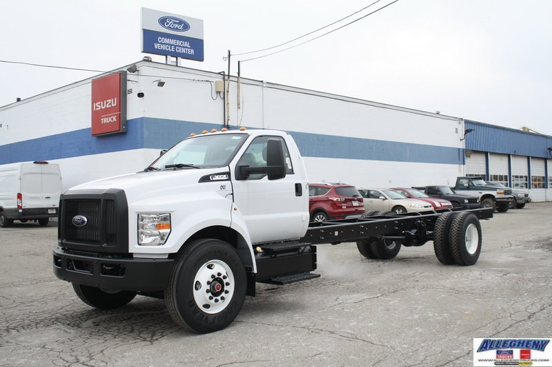 New 2019 FORD Super Duty F-650