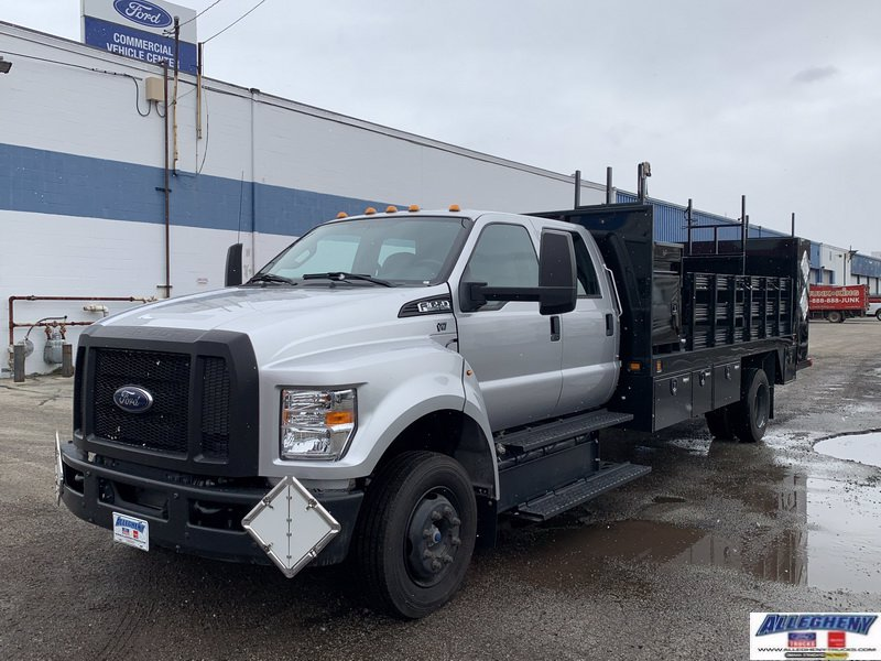 Pre-Owned 2017 Ford Medium Truck F650