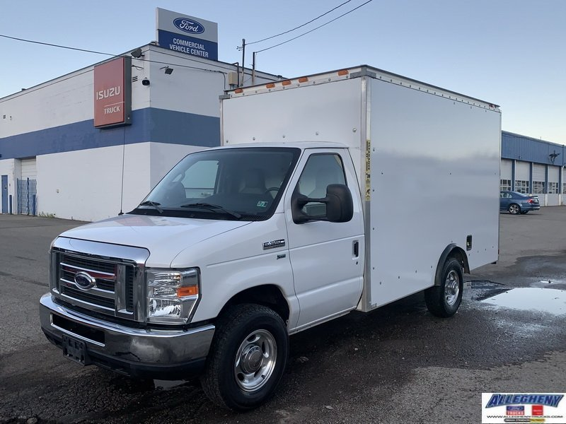 Pre-Owned 2012 Ford Econoline Commercial Cutaway