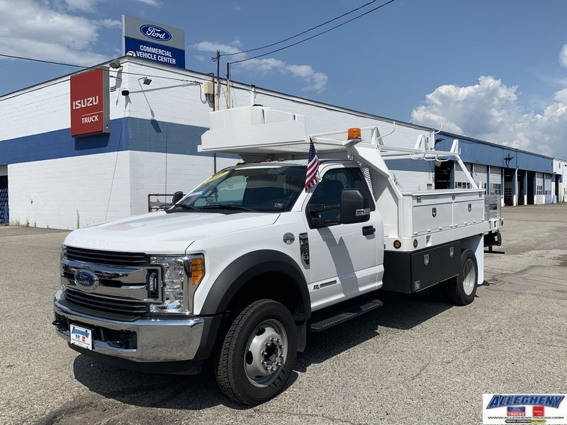 Pre-Owned 2017 Ford Super Duty F-550 DRW XL