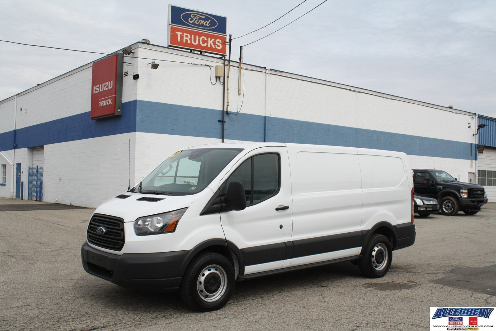 pre owned 2016 ford transit cargo van t150 full size cargo van in pittsburgh 3721 allegheny. Black Bedroom Furniture Sets. Home Design Ideas