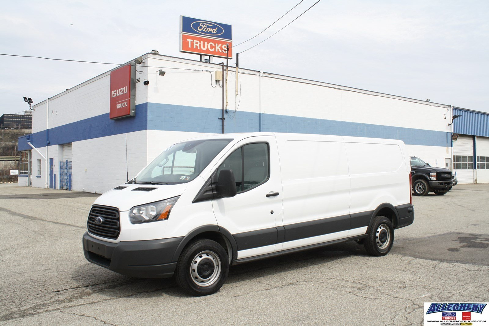 pre owned 2017 ford transit van t150 full size cargo van in pittsburgh 3720 allegheny ford. Black Bedroom Furniture Sets. Home Design Ideas