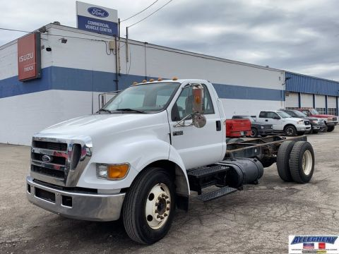 Pre-Owned 2004 Ford Medium Truck F650 F6A